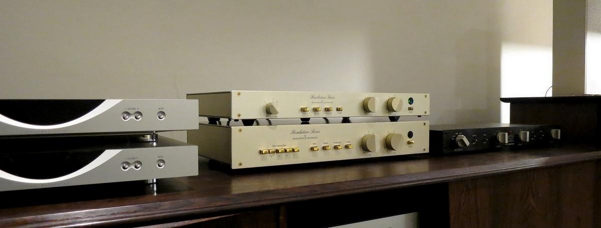 中古FMアコースティック プリアンプ FM Acoustics FM245とFM255、LINN Klimax kontrol,Marklevinson