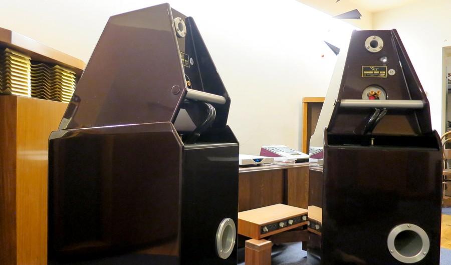 中古 Wilson Audio System 8   定価¥ 3,996,000 (税込) One Owner 販売価格1,280,000円  中古 Wilson Audio System 8 20年以上熟成されたWATT&PUPPY最終版SYSTEM8。