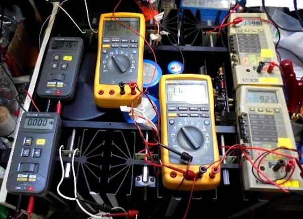 Mark Levinson ML-2L電圧測定中