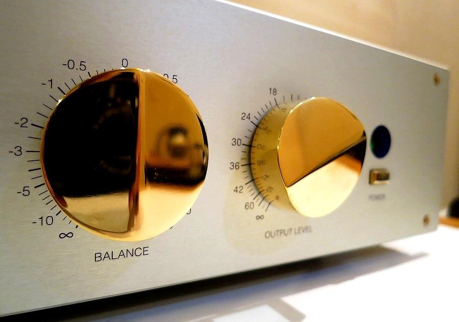 買取りした、入荷したヴィンテージオーディオとハイエンドオーディオのAudio Dripper 東京 日本橋・試聴ルーム