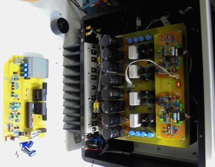SPECTRAL_内部のここのプロテクター基板の作業中写真