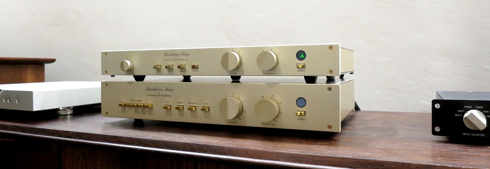 中古FMアコースティックス・プリアンプ FM Acoustics FM245とFM255
