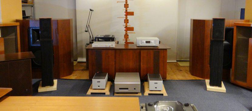 FM AcousticsやMark Levinsonハイエンド・プリアンプ、オーディオ買取