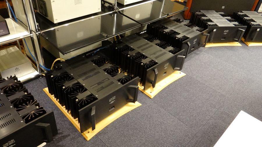 買取したMark LevinsonのクラスAモノラルパワーアンプシリーズ