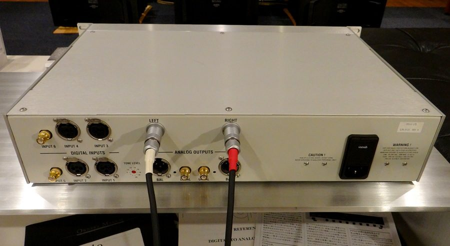 フィッシャー出力がおすすめのcello R-DAC。cello R-DAC Reference DAC